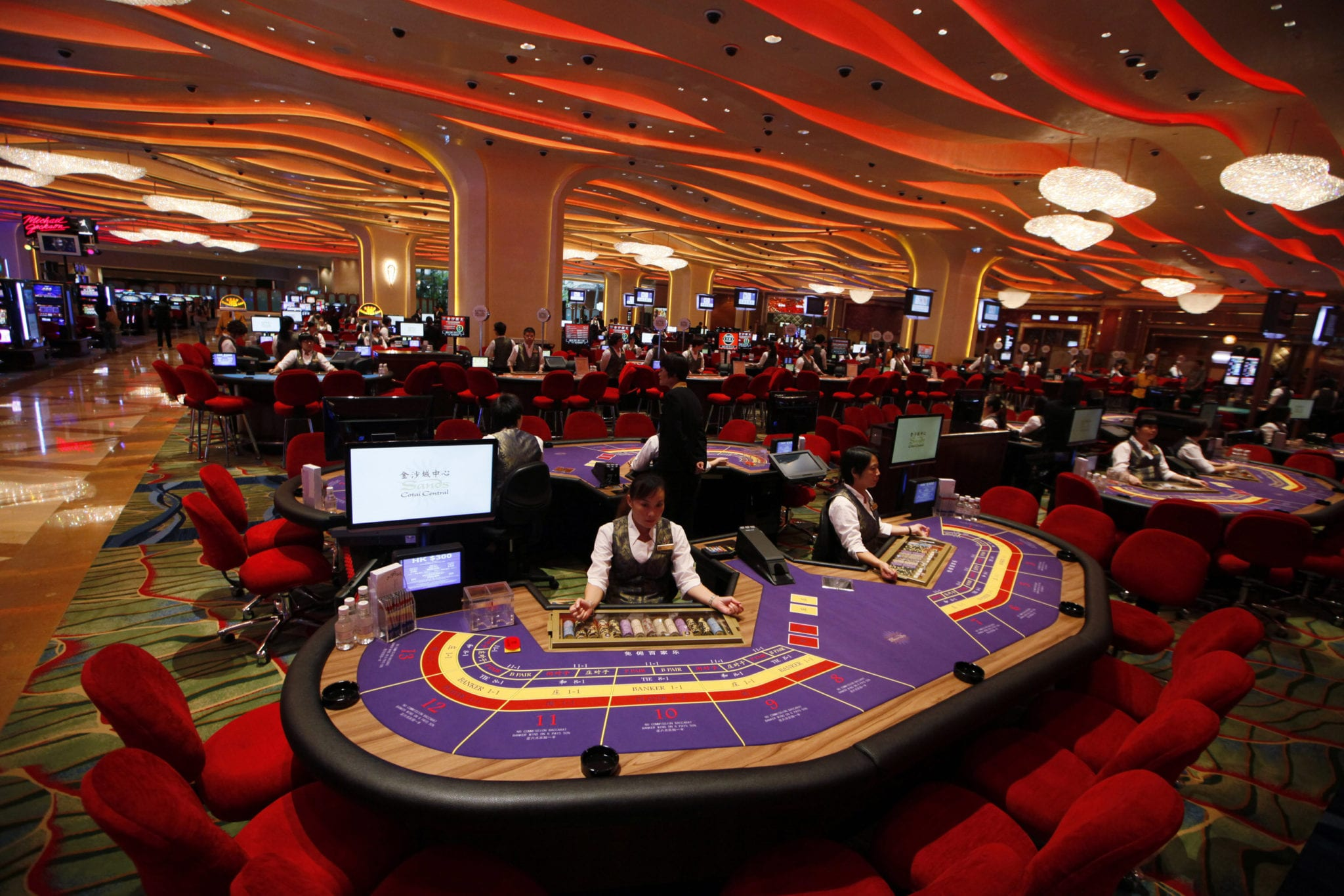 Macau Casino Revenues Hit $2.4 Billion, Making November The Region's Best Month