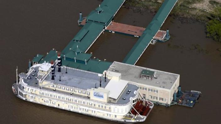 Louisiana Looks to Expand Its Floating Casino Business | Gambling News